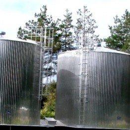 Balance tanks